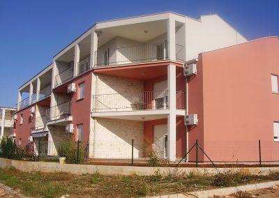 Stambeno-apartmanski objekt – Zambratija 7, Umag